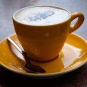 kopje-koffie-drinken_19-133729
